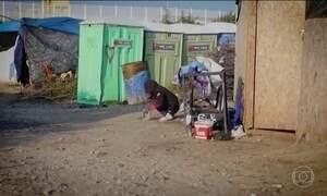 Reino Unido começa a receber crianças e adolescentes de Calais
