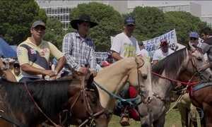 Vaqueiros protestam em Brasília contra a proibição da Vaquejada