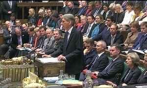 Ministro das Finanças apresenta relatório negativo ao parlamento britânico
