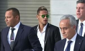 Justiça da Espanha pede prisão de Neymar