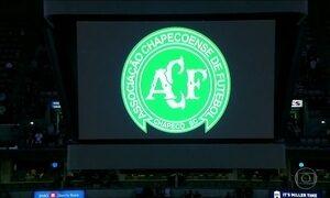 Clubes de futebol de todo o mundo se solidarizam com acidente aéreo da Chapecoense