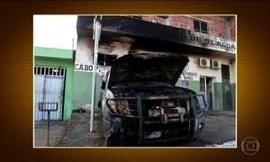 Carro da Força Nacional é incendiado em Alagoas
