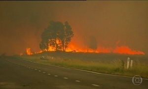Incêndios florestais estão fora de controle na Austrália
