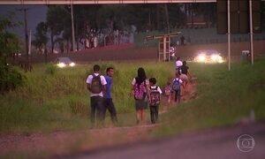 Alunos sofrem com falta de transporte escolar no interior de São Paulo