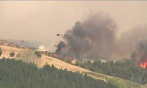 Incêndio florestal fora de controle põe Nova Zelândia em estado de emergência