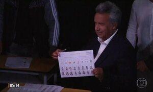 Equador vota para presidente após mais de dez anos de governo de Rafael Correa