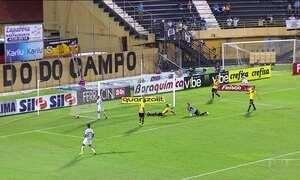 Santos goleia e Corinthians fica no empate no Campeonato Paulista