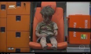 Mais de 400 mil pessoas morreram em seis anos de guerra na Síria