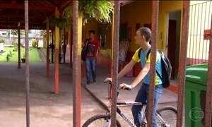 Escolas fazem rodízio de alunos por falta de funcionários em cidade do Pará