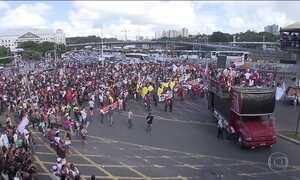 Grupo invade Ministério da Fazenda durante protesto no DF