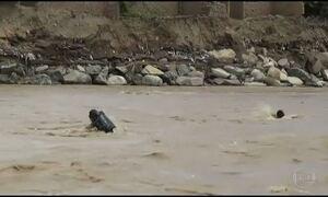 Enchentes matam mais de 70 no Peru