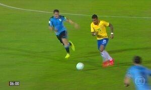 Brasil goleia Uruguai em Montevidéu
