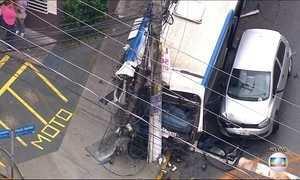 Acidente com 7 carros e 1 ônibus em SP deixa 9 feridos