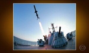 Coreia do Norte comemora dia das Forças Armadas em meio à tensão com EUA