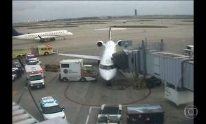 United Airlines oferece até US$ 10 mil por lugar em voo com overbooking