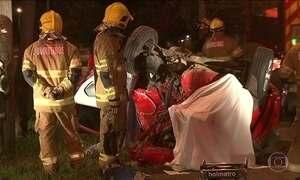 Mãe e filho morrem em acidente provocado por 'racha' em Brasília