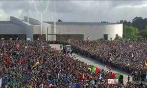 Papa Francisco chega ao santuário de Fátima, em Portugal