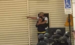 Assaltante faz seis funcionários dos Correios reféns em SP