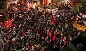Manifestantes vão às ruas contra Michel Temer em mais de 20 estados e no DF