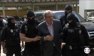Eduardo Cunha presta depoimento no inquérito que investiga Michel Temer