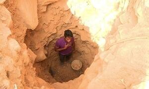 Aventureiros largam tudo para tentar a sorte extraindo ametista na Bahia