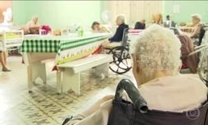 Dobra o número de denúncias de agressão contra idosos no Rio
