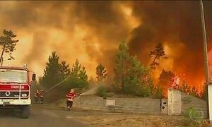 Mais de dez mil pessoas deixa a Riviera francesa por causa de incêndios florestais
