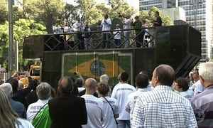 Manifestantes fazem protesto em São Paulo contra a corrupção