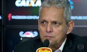 Flamengo apresenta o colombiano Reinaldo Rueda como novo técnico
