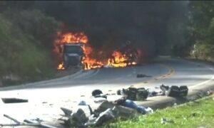 Polícia investiga o transporte do granito que caiu de uma carreta e matou 11 pessoas no ES
