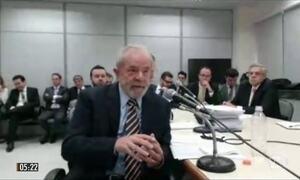 Lula afirma ser vítima de perseguição em depoimento ao juiz Sérgio Moro no PR