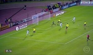 Messi faz três gols e garante classificação da Argentina para a Copa da Rússia