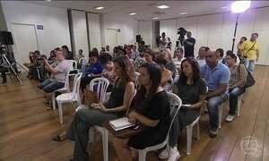 Moradores atingidos por lama em Mariana se reúnem para reclamar da demora nas indenizações