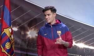 Phillipe Coutinho é apresentado às instalações do Barcelona