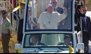 Papa Francisco se reúne com integrantes da minoria indígena Mapuche