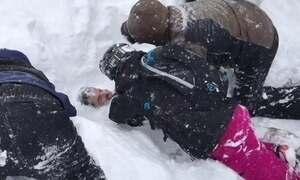 Cinco pessoas são salvas após serem soterradas por avalanche nos EUA
