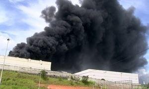 Incêndio destrói fábrica de refrigeradores comerciais em Itu, interior de São Paulo