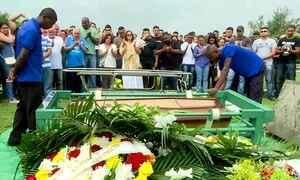 No Rio, é enterrado o 38º policial morto no estado em 2018