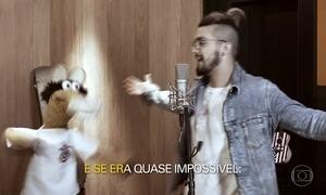 Luan Santana canta música com os cavalinhos do Fantástico