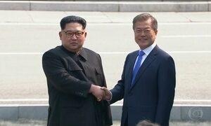 Coreia do Norte promete fechar instalações nucleares a partir de maio