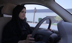 Mulheres ganham autorização para dirigir na Arábia Saudita