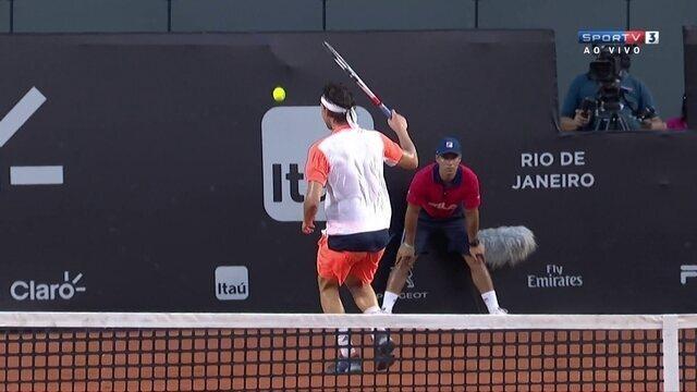 Austríaco faz jogada espetacular a la Federer no Rio Open