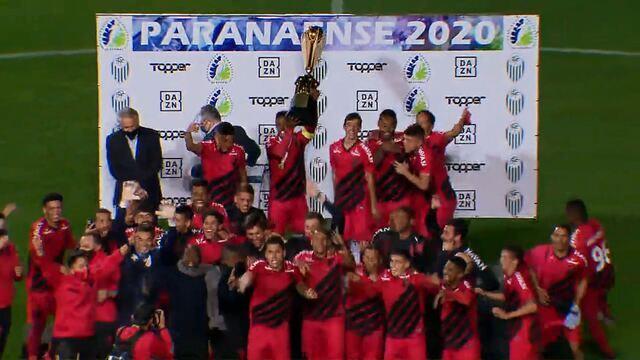 Veja a comemoração do título de tricampeão paranaense do Athletico