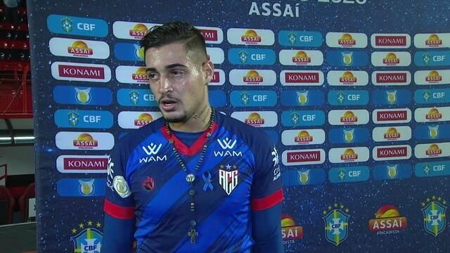 """Grande destaque do jogo, Jean fala do empate com o Inter: """"Faltou caprichar na finalização"""""""