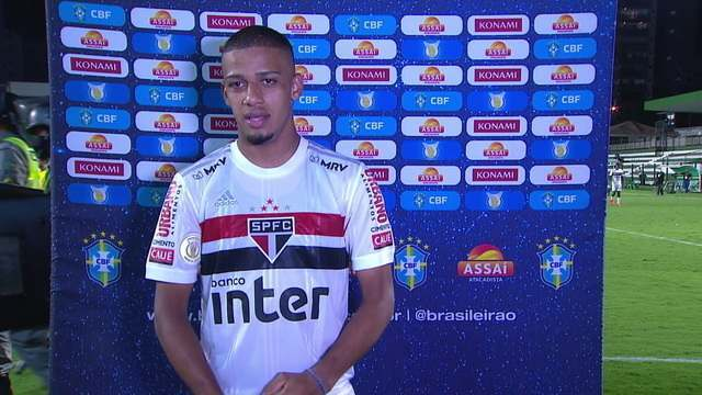 """Brenner fala sobre comemoração de três anos do primeiro gol como profissional: """"Dia especial para mim"""""""