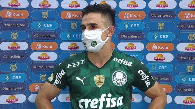 Willian lamenta gol anulado no clássico contra o Corinthians