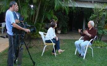 Erasmo Carlos lembra parceria com Roberto Carlos - O cantor e compositor falou com exclusividade para o Globo Repórter especial sobre o Rei que vai ao ar nesta sexta-feira (10).