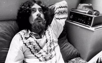 Música inédita de Raul Seixas é descoberta - A canção inédita foi composta para a trilha sonora da novela O Rebu. Mas a censura proibiu a letra da canção Gospel. A música foi guardada pelo produtor musical Marco Mazolla.