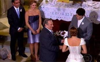 Os bastidores do casamento de Verônica e Alcino - Personagens de Cama de Gato oficializaram a união.