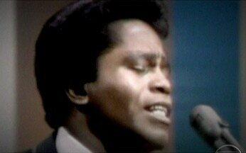 James Brown revolucionou a música americana - Em 1968, em seguida ao assassinato de Martin Luther King, o cantor James Brown fez um show em sua homenagem. O concerto uniu brancos e negros e impediu uma guerra civil nos EUA